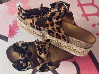 Sandalia Plataforma Leopardo