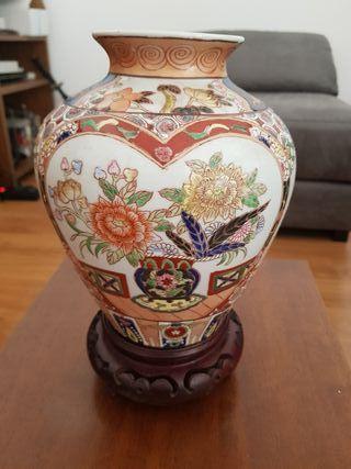 Jarrón chino antiguo