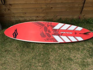 Tabla windsurf naish olas con funda incluida
