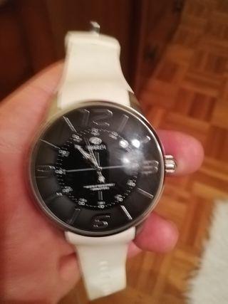 vendo reloj marea modelo nickel free blanco