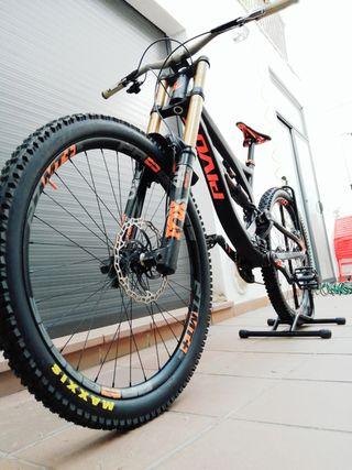 Bicicleta Pivot Phoenix el cuadro es nuevo