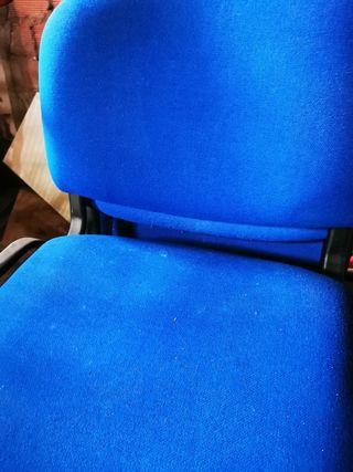 Lote 4 sillas y sillón giratorio