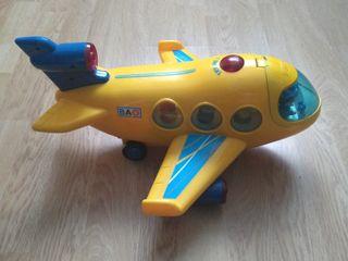 Avión de juguete con luces, sonido y movimiento
