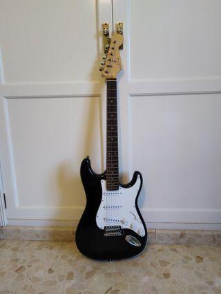 Pack básico guitarra eléctrica Silverian + amplio
