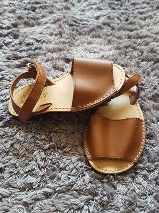 Sandalias menorquinas bebé 24