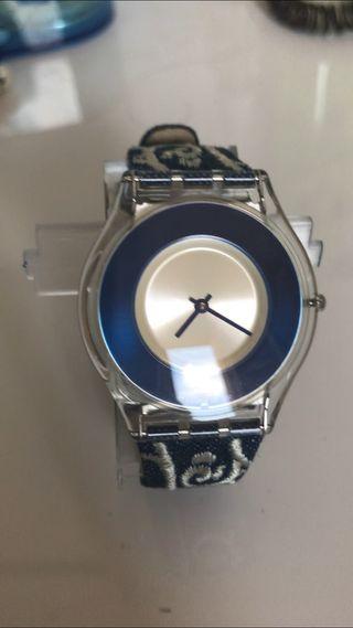 En Zaragoza Segunda Wallapop Swatch De Reloj Mano mN0nw8