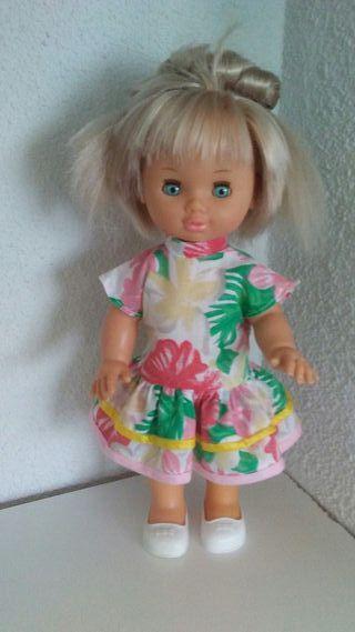 Muñeca Veronica crece pelo