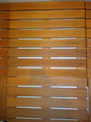 Tarima de lamas de madera