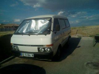 Nissan Vanette 1989