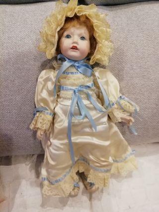 Muñeca porcelana articulada de Ramón Inglés.
