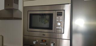 Microondas digital Teka 20L 800W Inox integrable