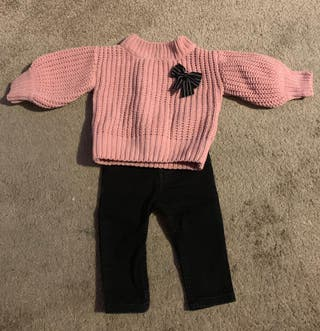 baby clothes (range 0-9 months)