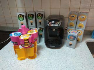 Cafetera Bosch Tassimo Suny con 12 cajas de cafe