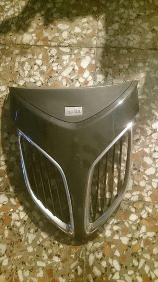 Frontal/rejilla radiador Aprilia Sportcity 200