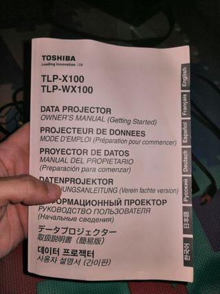 Proyector Toshiba más bolsa transporte