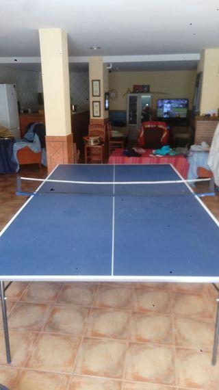 mesa de ping pong y palas y red