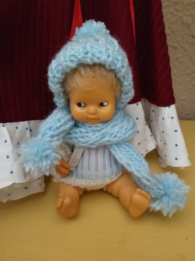 gorro y bufanda para muñeca Barriguitas
