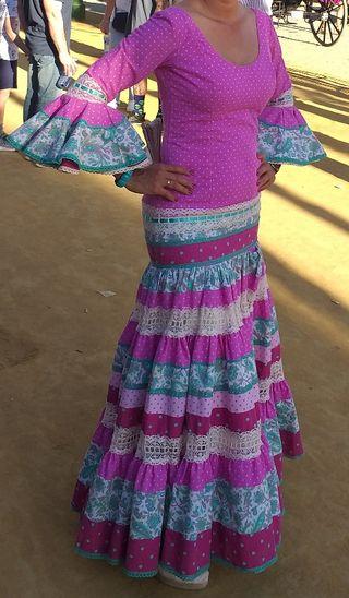 c5fb7a84c Traje flamenca canastero de segunda mano en Sevilla en WALLAPOP