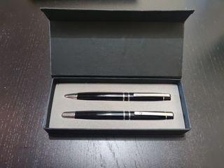 Set de bolígrafos de Jesús del Pozo