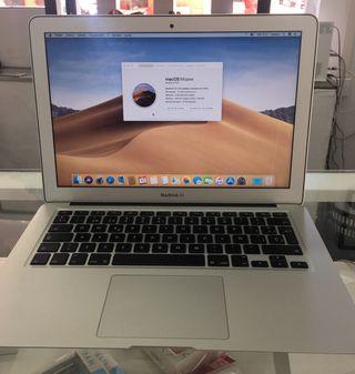 "MacBook Air 13 "" seminuevo"