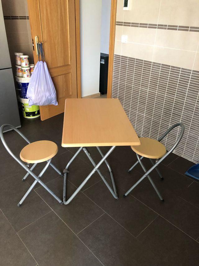 Conjunto mesa y sillas cocina de segunda mano por 25 € en ...