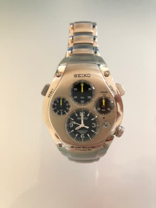 Reloj Seiko Kinetic Sportura Titanium