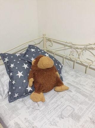 Cama con somier y colchón