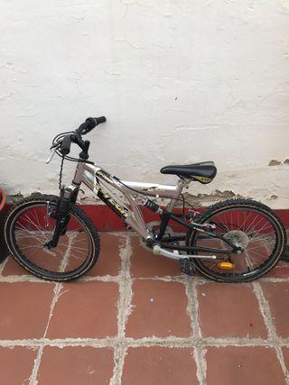 ff4fba68208 Bicicleta para niños de segunda mano en la provincia de Zaragoza en ...