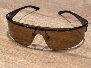 02ff65c7d66 Gafas Armani de sol de segunda mano en Barcelona en WALLAPOP