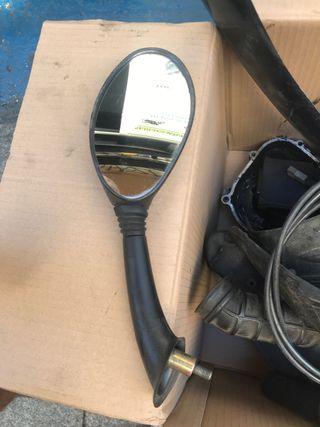Espejo retrovisor derecho et4 125