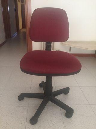 Silla de escritorio granate