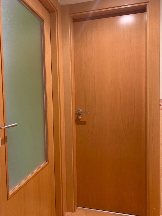5 Puertas Madera Color Haya De Segunda Mano Por 300 En