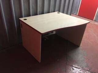 School Desk / Writing Desk / Computer / Office