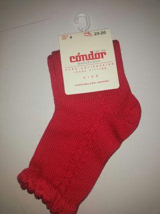 4673227d9 Se venden por cierre de merceria calcetines cóndor
