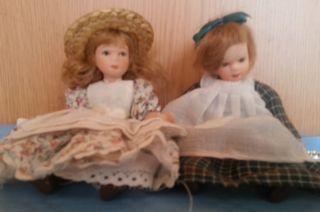 Muñecas de porcelana alemanas. Años 2000. Pareja.