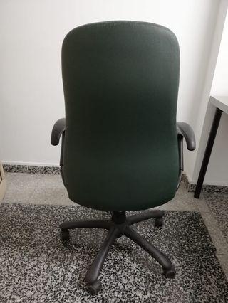 Silla Giratoria oficina piel