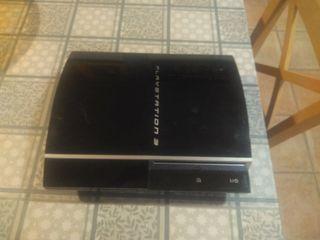 PlayStation 3 + 2 mandos + 5 juegos