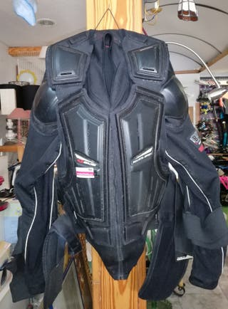 peto de protección de motocross