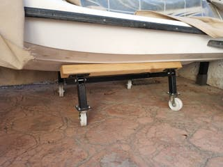 soporte moto de agua