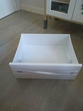 cajones y baldas frigorífico otsein hoover