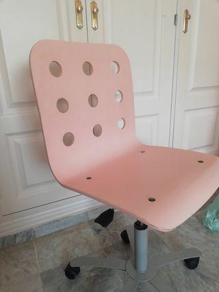 Silla rosa escritorio