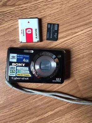 Camera Sony Cyber-shot DSC-W215