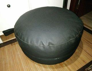 puff negro grande 65X40cm