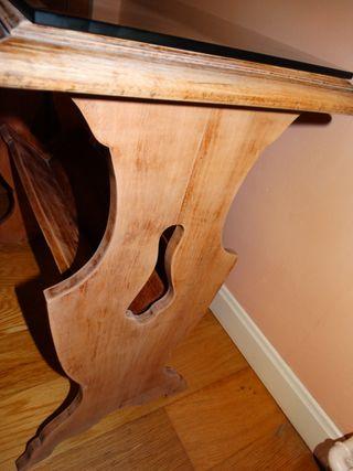 Mesa auxiliar vintage de madera