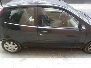 Fiat Punto 2004 averiado