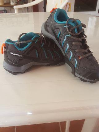 zapatillas para pedales automatico marca Shimano