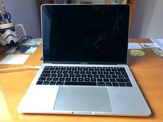 MacBook Pro 13'; i7 2,4Ghz; 16Gb RAM; 512Gb HD