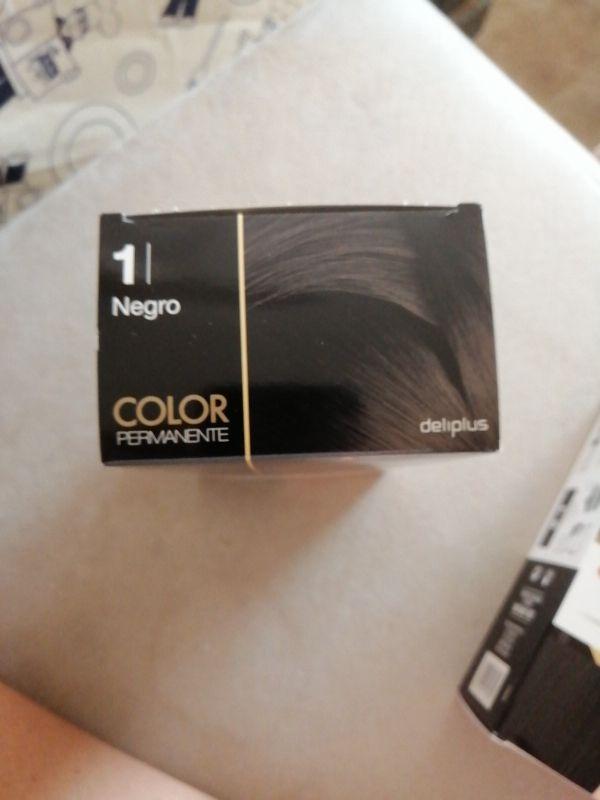 Perfumeria.2 Cajas de tinte Negro de Mercadona