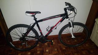 Bicicleta MTB Conor 7200 + Casco (NEGOCIABLE)