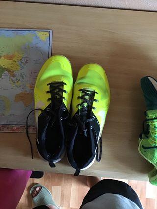 Zapatillas Nike de segunda mano en Campiñuela Baja en WALLAPOP